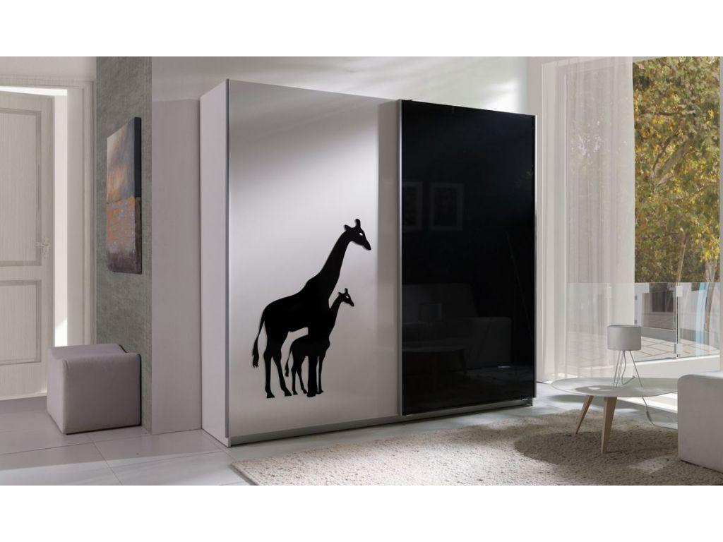 Szafa TWISTER 4 z drzwiami przesuwnymi i grafiką żyrafy, szerokość 225 cm..